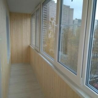 Балкон с обивкой 2