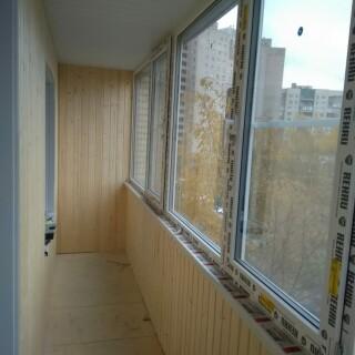 Балкон с обивкой 6